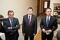 Ministru prezidents Valdis Dombrovskis tiekas ar Francijas satiksmes ministru Tjerī Mariāni (6748212227).jpg