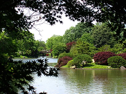 How to get to Missouri Botanical Garden in St. Louis by Bus or Metro ...