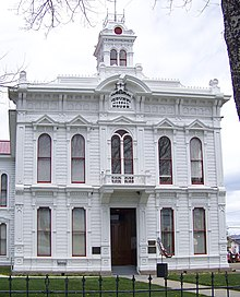 photo of Mono County Court House