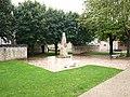 Montcresson.Loiret-monument aux morts-01.JPG
