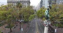 File:Monumento a Cagancha, plaza Cagancha.ogv