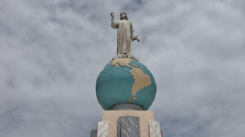 Monumento al Salvador del Mundo 2