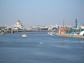 Moscow-River-StSavior-1639.jpg