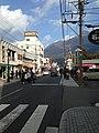 Mount Yufudake from Shimmachi-Yufumidori Street 2.jpg