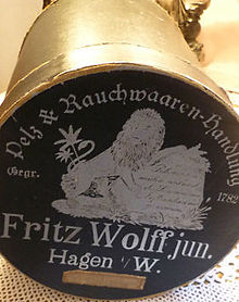 Muff bandbox of the Furrier Fritz Wolff in Hagen 1900 (1).jpg