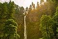 Multnomah Falls (19741462372).jpg