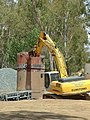 Murrumbidgee River Bridge pilon removal.jpg