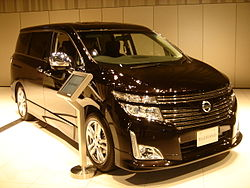 Nissan Elgrand E52 Highway Star