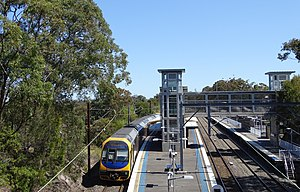 Central Coast & Newcastle Line - A NSW TrainLink H set at Berowra railway station