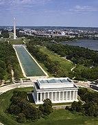 Vista aérea do Lincoln Memorial, espelho d'água e Monumento a Washington