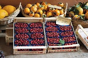 Nemi - Strawberries for sale in Nemi.