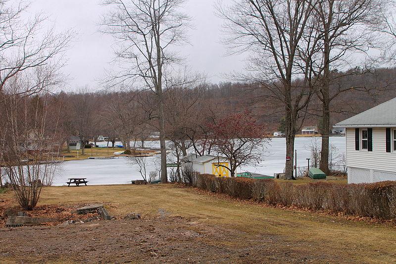 File:North Lake.JPG