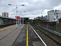 Norwood Junction stn disused platform 7 look north.JPG