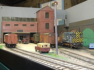 O scale - British outline O gauge model railway at Kew Pumping Station