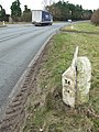 Old Cast Iron Milepost - geograph.org.uk - 1175768.jpg