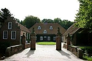 Osterburg (Groothusen) - Image: Osterburgvorn 2008msu