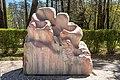 Pörtschach Hans-Pruscha-Weg Skulptur Die Familie von Prof. Hans Muhr 15042020 8740.jpg