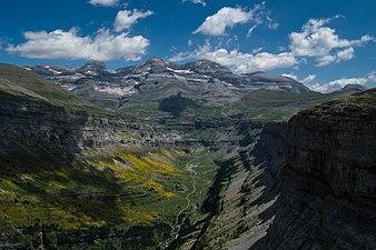 Panoramic view of the mountain.jpg