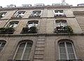 Paris - 14 rue Saint-Sauveur - facade contre-plongée.jpg