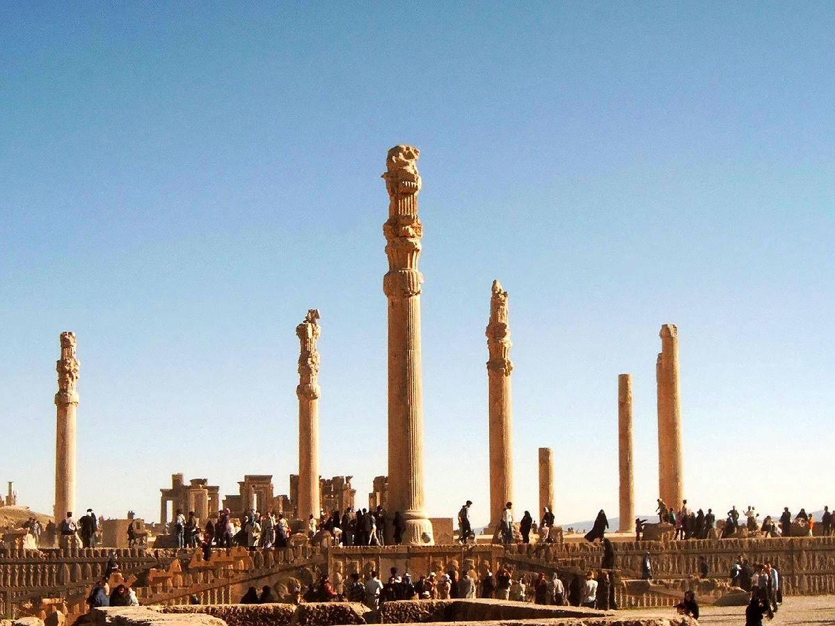 http://upload.wikimedia.org/wikipedia/commons/thumb/2/29/Persepolis001.jpg/1200px-Persepolis001.jpg