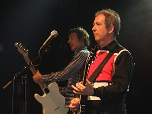 Pete Shelley - Pete Shelley singing with Buzzcocks at Shepherds Bush Empire, 30 January 2009.
