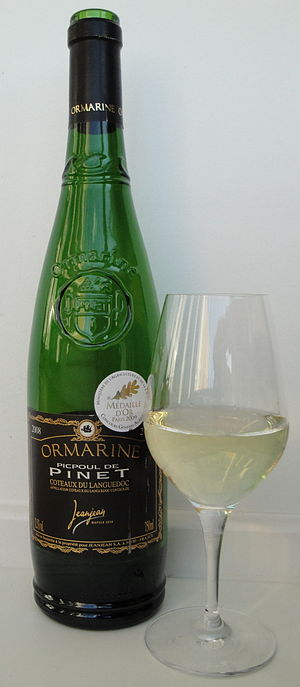 English: Picpoul de Pinet Ormarine Carte Noire...
