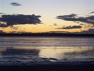 Pink Lake (Western Australia) Salt lake in the Goldfields-Esperance region, Western Australia