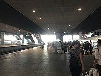 Platform of Shenzhen North Station 3.jpg
