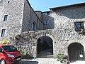 Portail du château de Désaignes, Ardèche (2019).jpg