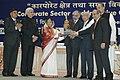 Pratibha Devisingh Patil honoured Shri Rahul Bajaj, President of Bajaj, Shri B M Munjal, President of Hero Honda, at the concluding function of the 'India Corporate Week', in New Delhi on December 21, 2009.jpg