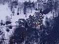 Prima luce nei borghi sopra Ostana verso il monte Tivoli.jpg