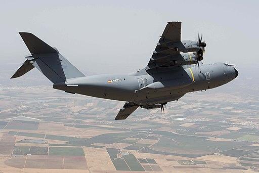 Primer A400M del Ejército del Aire (29483711676)
