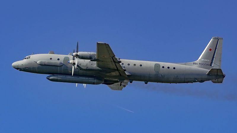 File:RF-93610 IL18(20M) Russian Air Force UUMB (33375039736) (2).jpg