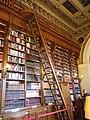 Rayonnages de la bibliothèque du Palais du Luxembourg.jpg