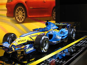 Renault Formula 1 Car - Flickr - robad0b.jpg