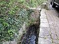 Rhöndorf Fonsbach Beginn Entwässerungsrinne.jpg