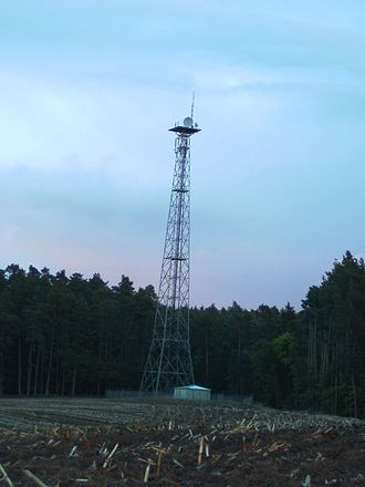 GKK Etzenricht - 55 metres tall lattice tower south of Etzenricht substation used for directional radio links by E.ON