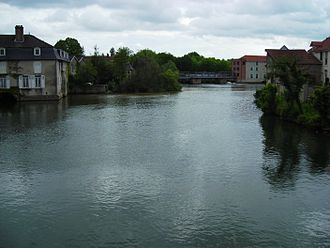 Bar-sur-Aube - The Aube river at Bar-sur-Aube