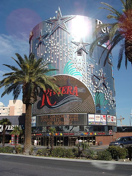 Riveria hotel and casino in las vegas is the blue chip casino smoke free