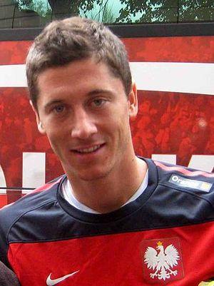 English: Polish football player Robert Lewando...