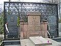 Roman Dmowski - grave.jpg