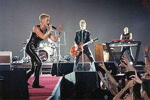 Roxette - Roxette in a 2001 concert in Spain.