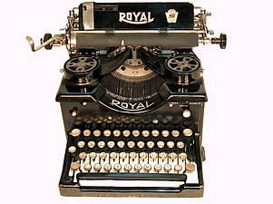 Royal typewriter with Cyrillic letters