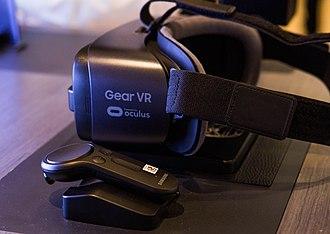 Samsung Gear VR - Image: Samsung Unpacked 2017 Gear VR
