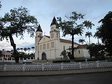 The cathedral of Sao Tome Sao Tome Cathedral 7 (16223085806).jpg