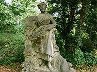 Sculpture au Jardin d'Agronomie Tropicale - Les Antilles.JPG