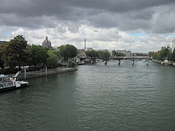 Сена в Париже. Вид с моста Пон-Нёф