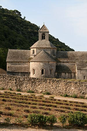 Sénanque Abbey - Apse of the abbey church