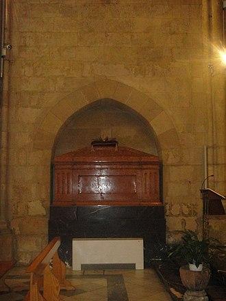 Royal Collegiate Church of Saint Hippolytus - Image: Sepulcro de Fernando IV de Castilla. Iglesia de San Hipólito de Córdoba