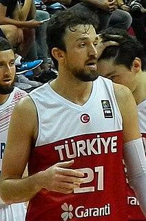 Sertaç Şanlı Turkish basketball player